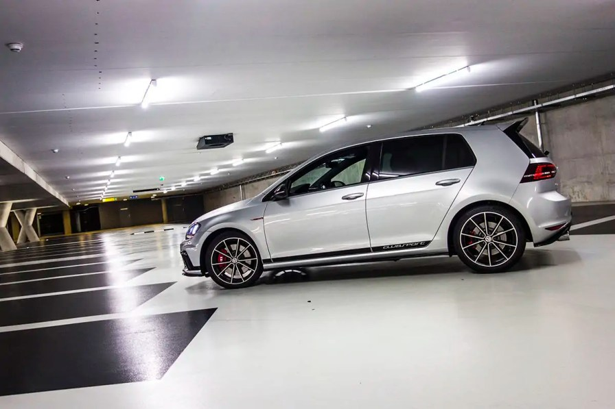 Volkswagen Golf GTI Clubsport 6