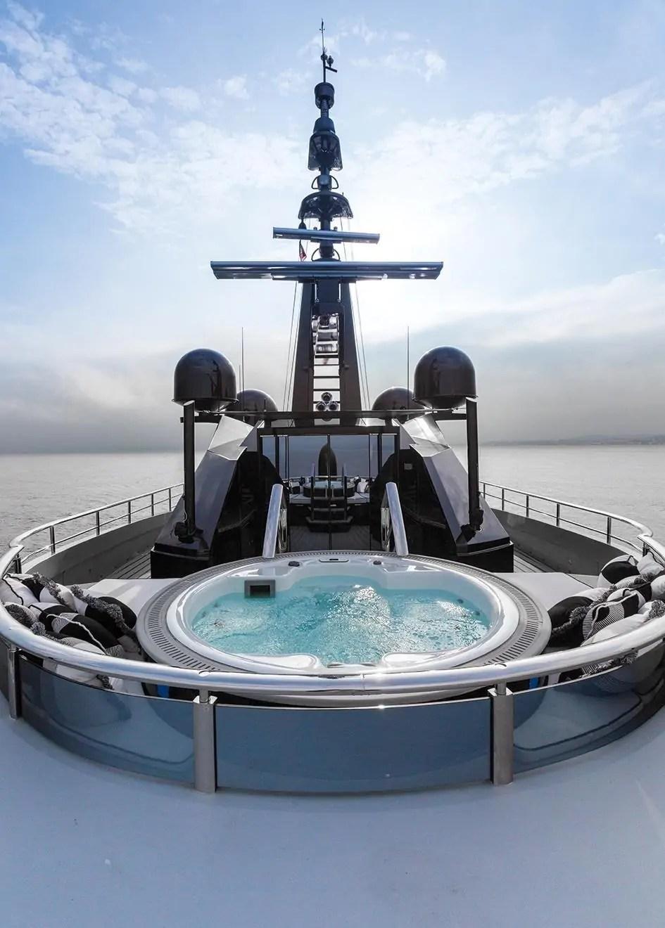14983829641623385335126899099_isa66m-okto-grandturismo-motor-yacht-39