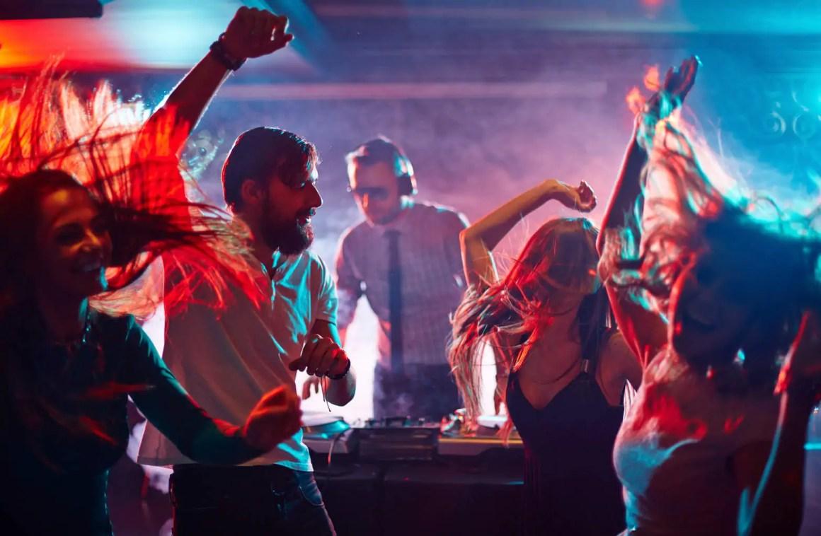 Dansen jonge
