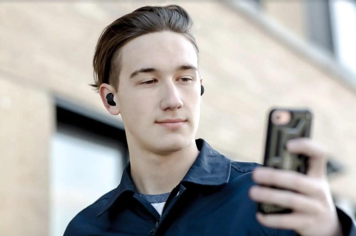 JAM-Ultra-Earphones-1