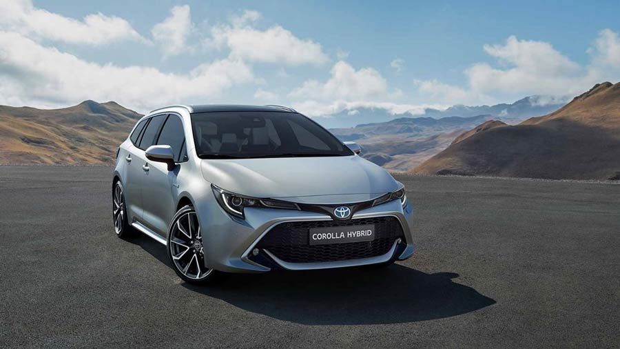 Toyota Corolla Altis 2020 & Hybrid launching this October ...