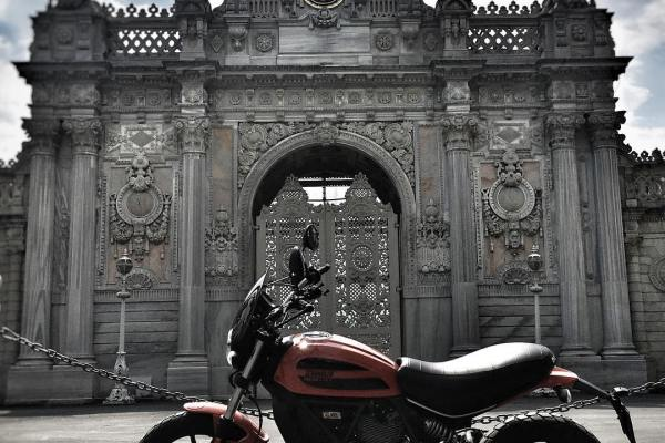 Ducati Scrambler Manisfaction