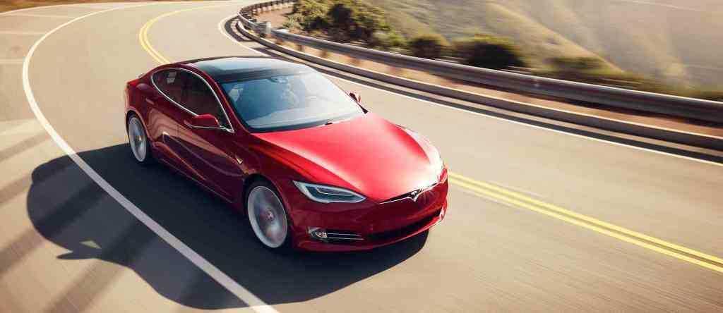 Tesla Model S Manisfaction