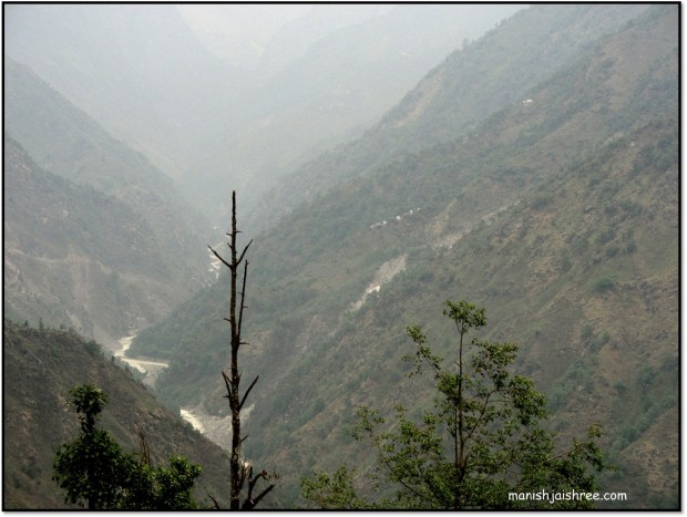 Gauri Ganga originates from Lilam glacier, runs down to Munsyari and further on