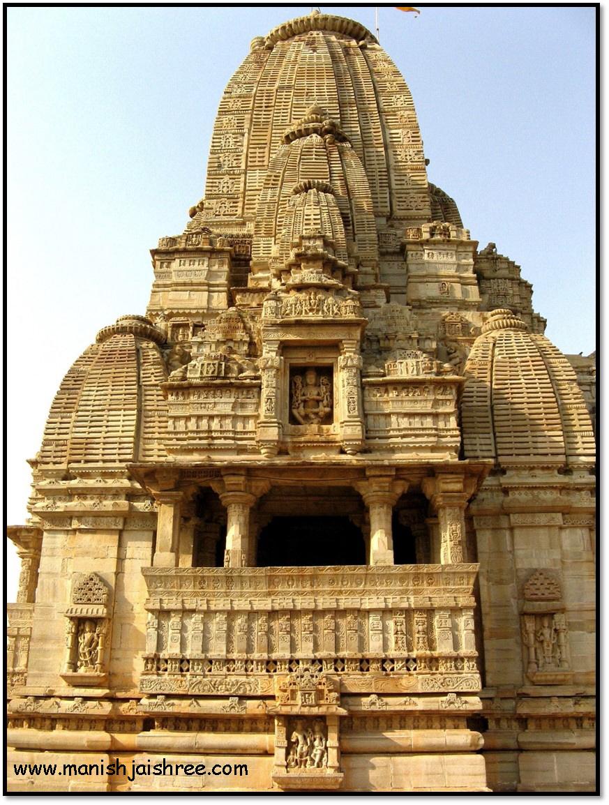 Kumbhaswami Temple that also houses Meera Mandir