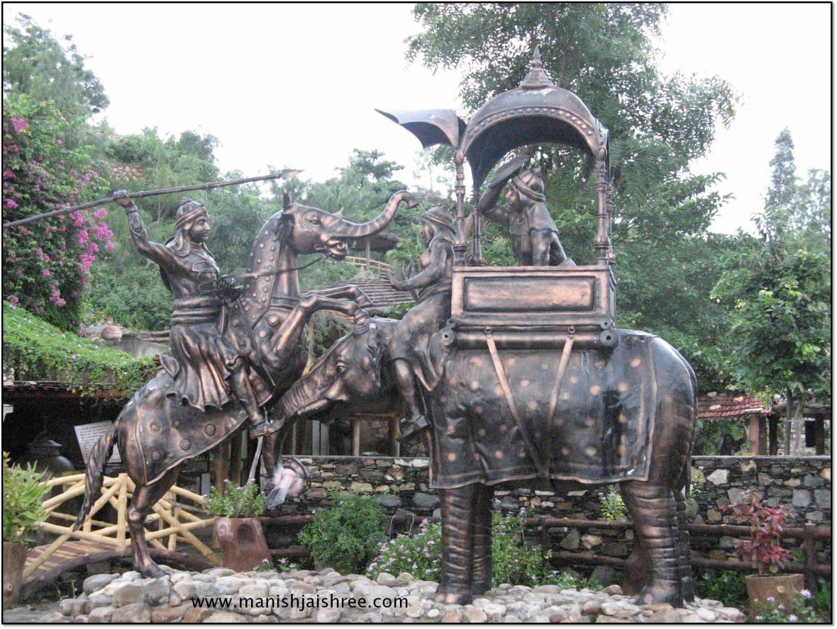 Statue of fight between Maharana Pratap and Maansingh at Haldi-Ghati (chetak lost its leg in this attack)