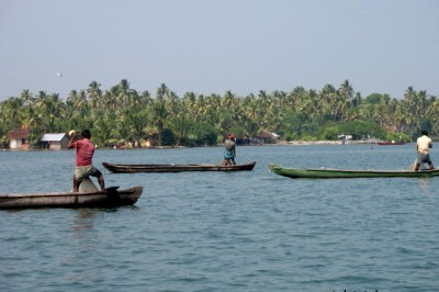 Fishermen at work, Kollam