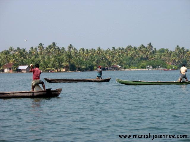 Fishermen at work, Kollam