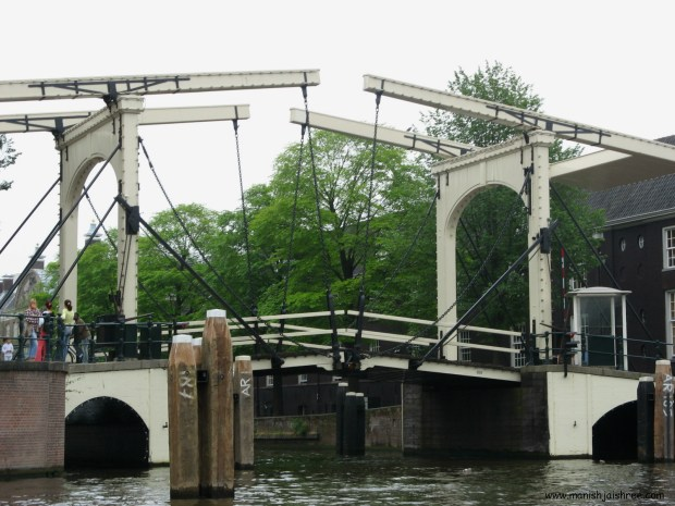 Close-up Skinny Bridge, Amsterdam