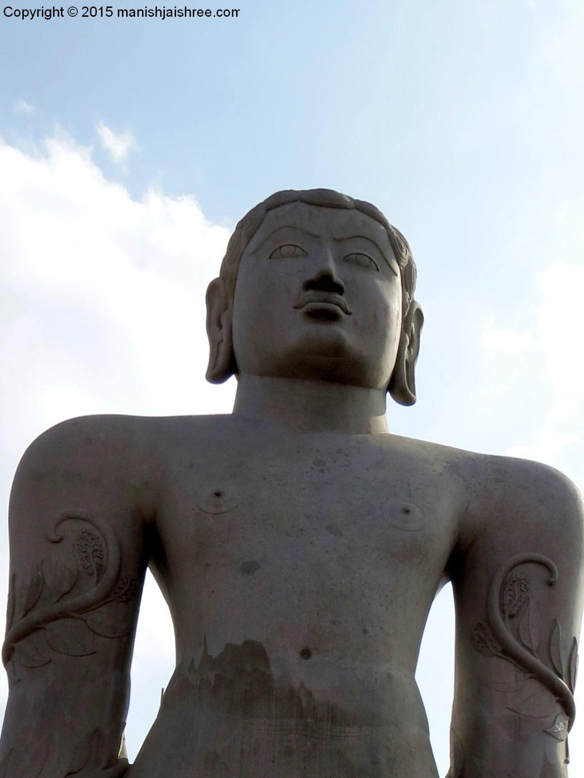 The upper portion of Bahubali's statue @ Shravanabelagola
