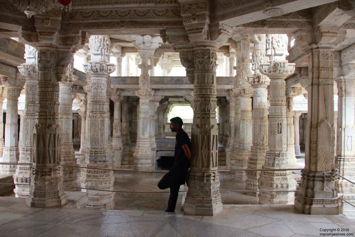 The smart and good guards, Ranakpur