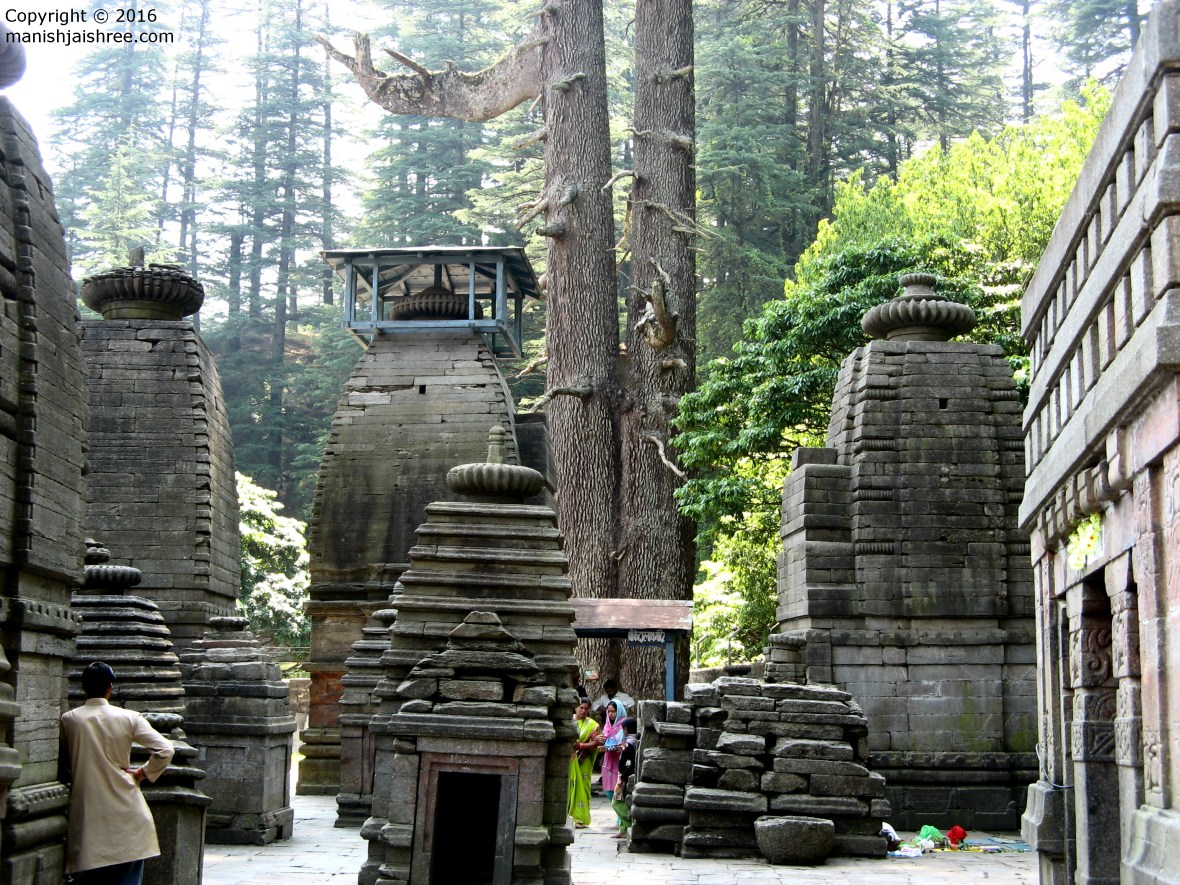 Temples with Canopies in Jageshwar Temple Complex