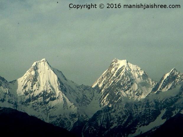 The mesmerizing Panchachulli Peaks, Munsiyari