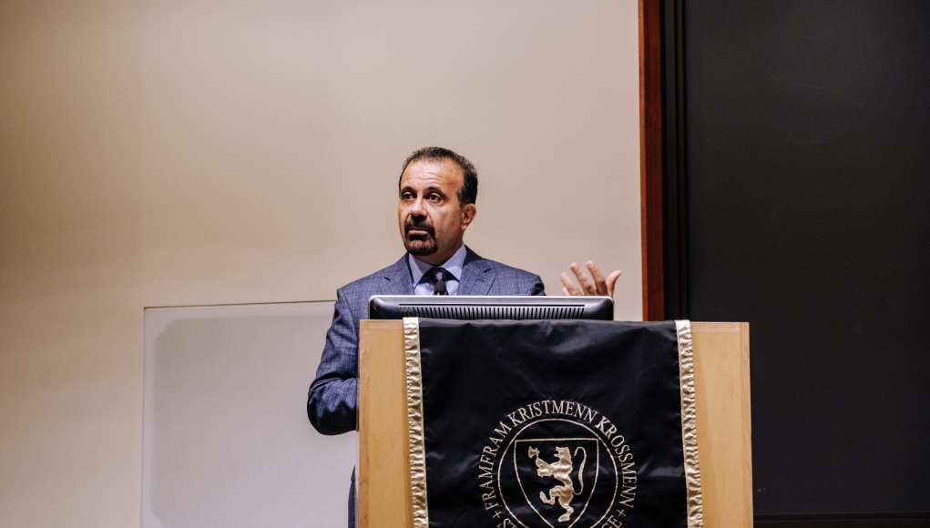 PAC speaker lectures on Zionism