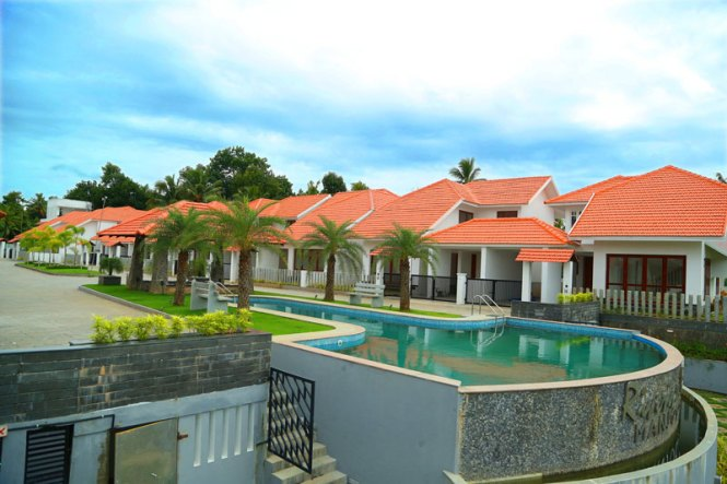 Manjooran Housing Luxury Villas Flats In Cochin Kochi Kerala