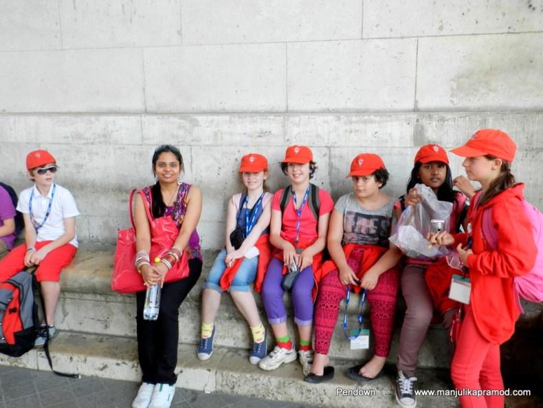 Triumphal Arch, Paris, Travel with me, With school kids