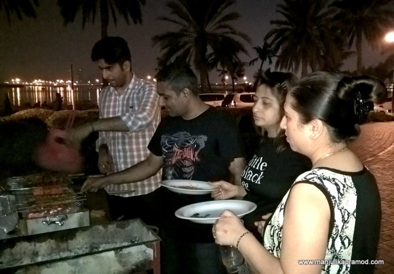 Al Mamzar Park - The men did the cooking and the ladies did the eating