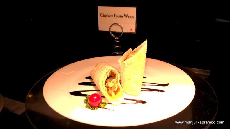 Chicken Fajita Wrap, Good food in Delhi, Buffet in Delhi