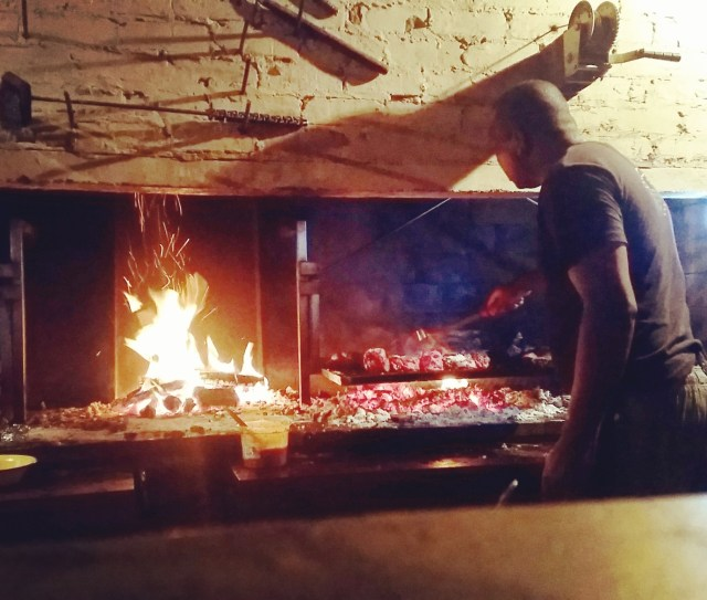 the-live-fire-grill-in-che-argentine-restaurant