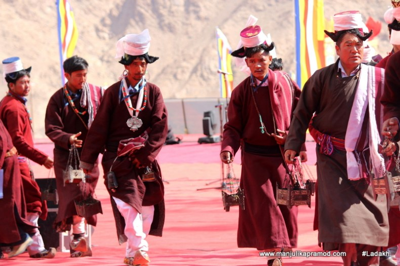 ladakhi-men-have-unique-fashion-too