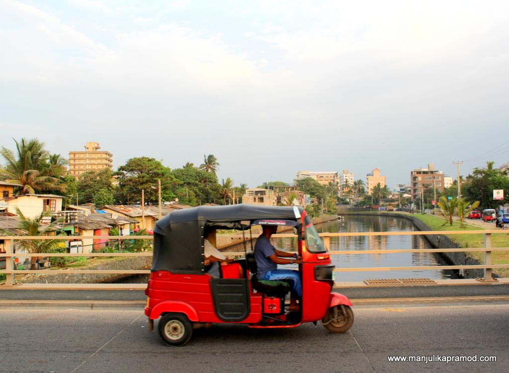 Tuk tuk ride, Sri lanka