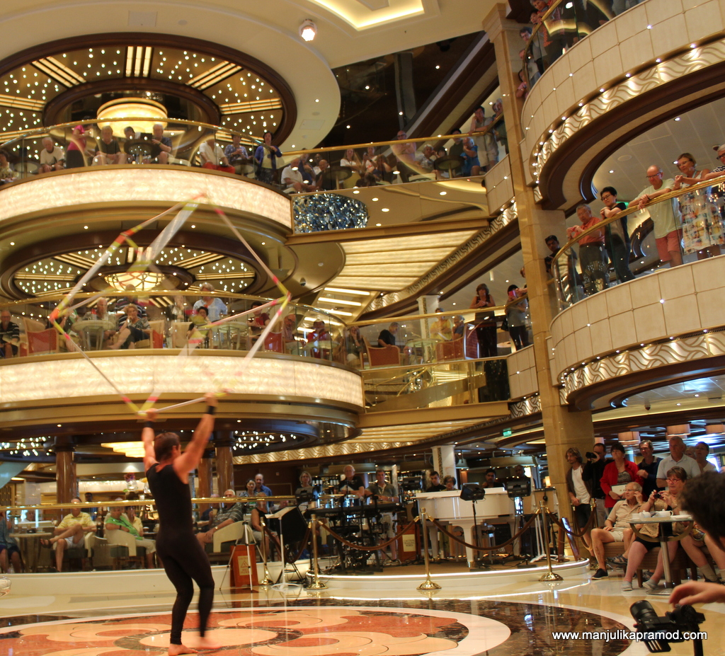 Acrobatics, Majestic Princess
