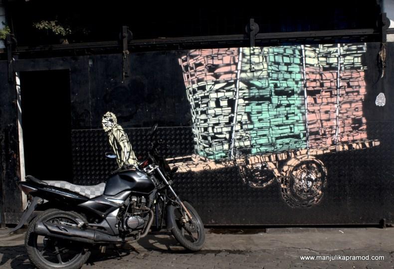 Porter, Mumbai, Koli community