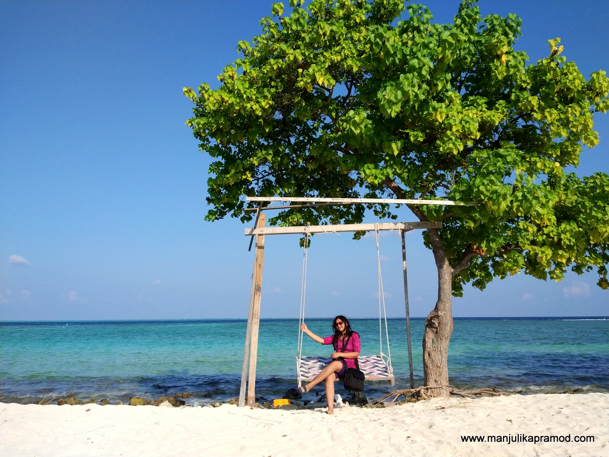 Girl, Swing, Gulhi Island, Travel