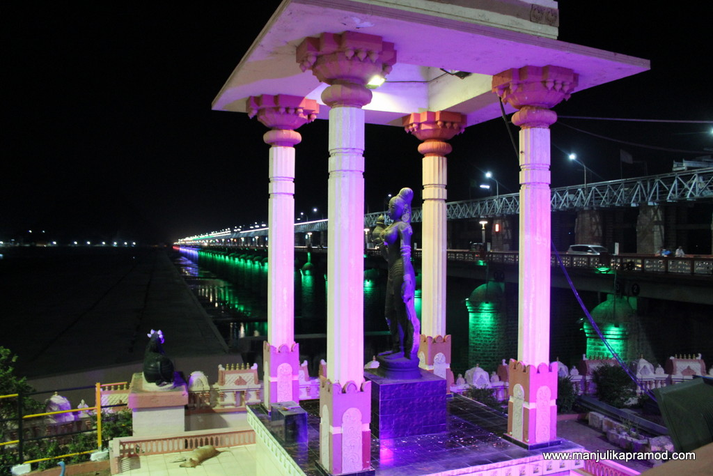 Prakasham Barrage on the Krishna river.