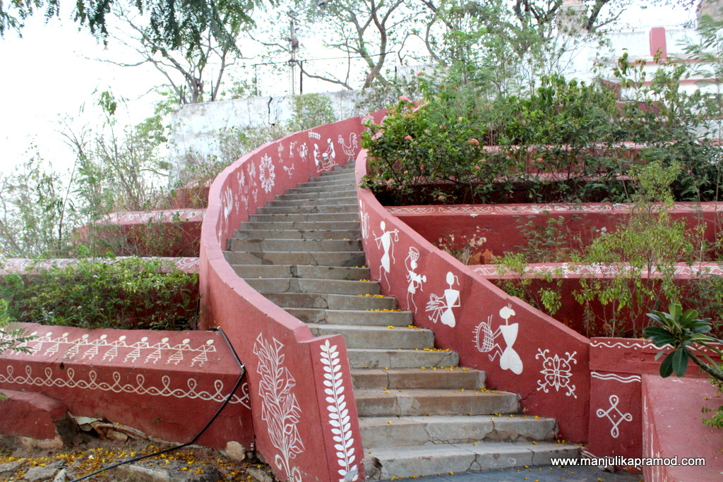 It was good to see Warli Art at Gandhi Hill