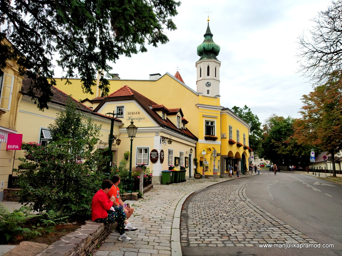 Kahlenberg and Grinzing! Make it a part of your 4 days in Vienna.