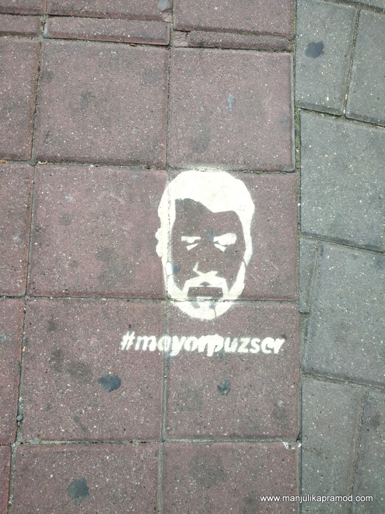 Check out the Street art in Budapest