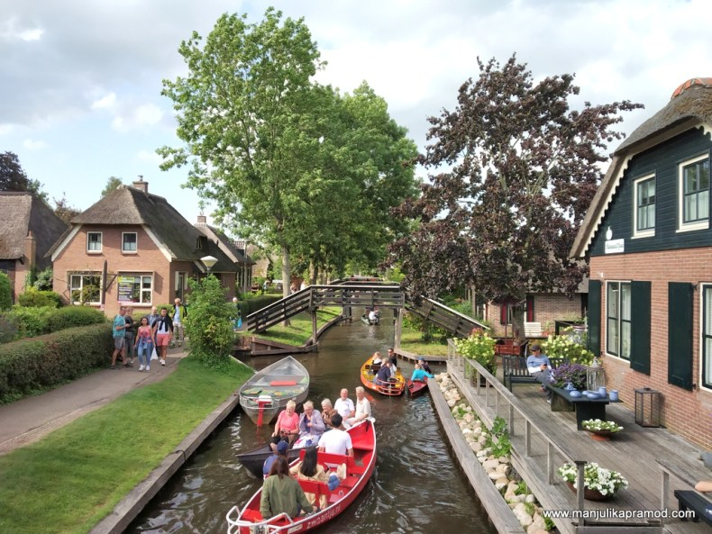 Armchair travel - Let us go to Giethoorn