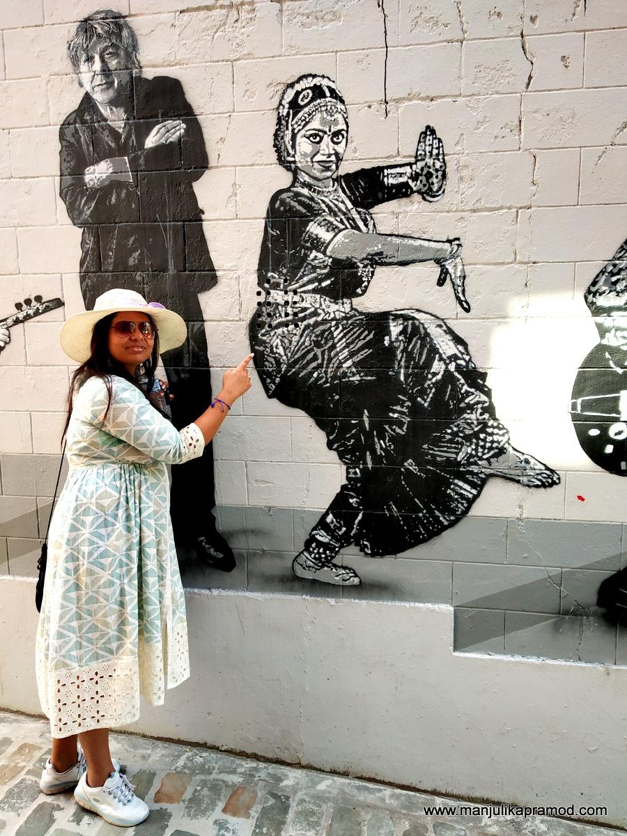 Street Art Curator