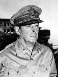 Man Crush Monday - Manlihood.com - General Douglas MacArthur