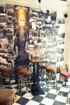 Seinien kuvat tuovat palan Latinalaista Amerikkaa ravintolaan.