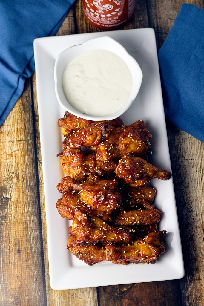 Baked Honey Sriracha Wings|www.mannaandspice.com
