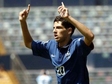 Yassine Benzia, delantero del Lyon es el goleador de Francia Foto: media.terra.com.br