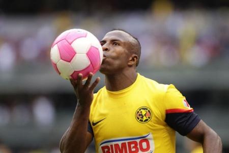 Christian Benítez celebra un gol con la camiseta de América Foto: lafm.com.co