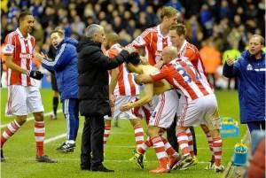 Assaidi marcó el 3-2 vs Chelsea la temporada pasada (Foto: stokesentinel.co.uk)