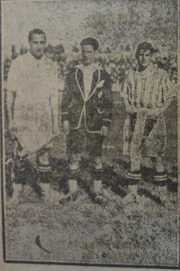 Los capitanes Ocaña y Adolfito intercambian banderines