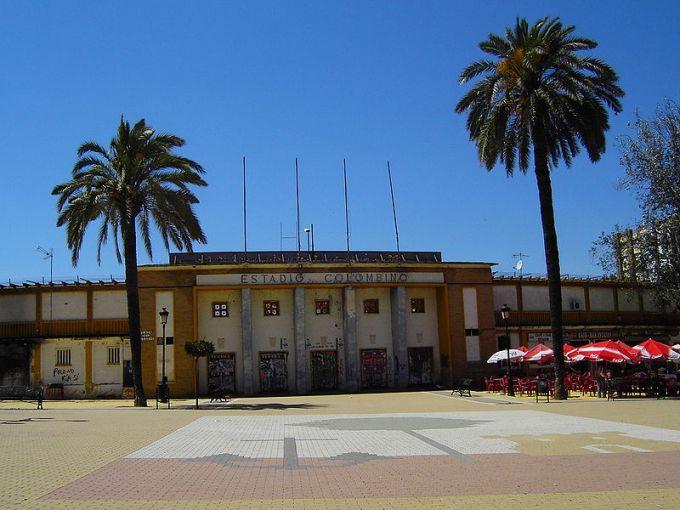 800px-Edificios_destacados_Huelva_043
