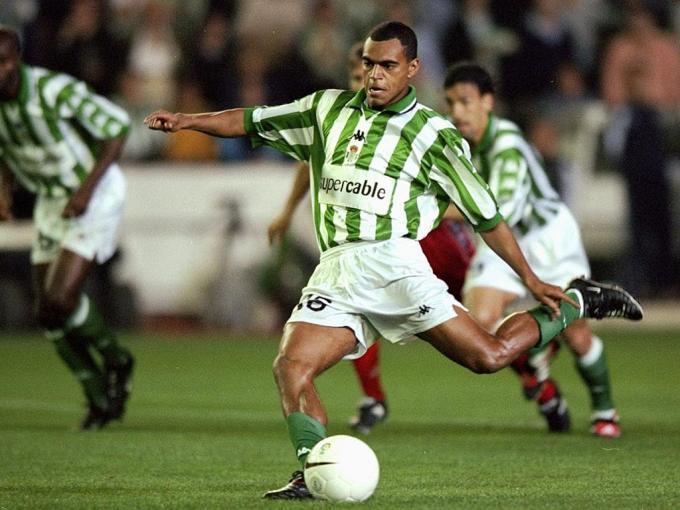 Betis-Atlético Liga 1998 Denilson falla un penalti