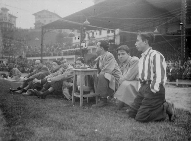 Emisión de radio deportiva en los años 50