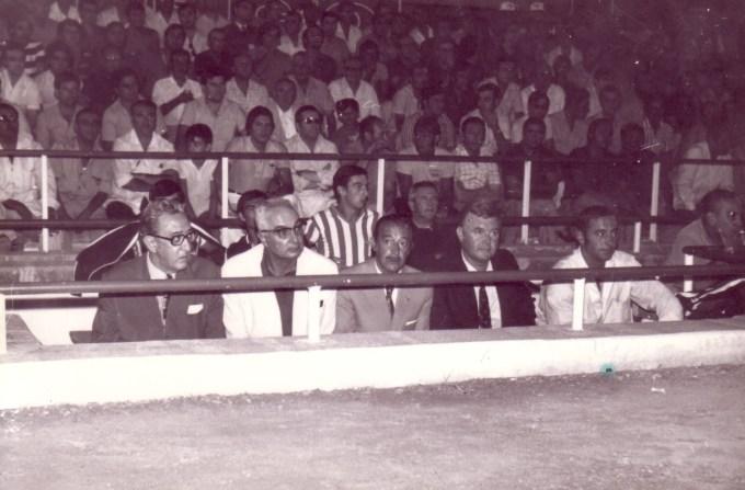 Banquillo 1972 Honved en el Sánchez Pizjuán
