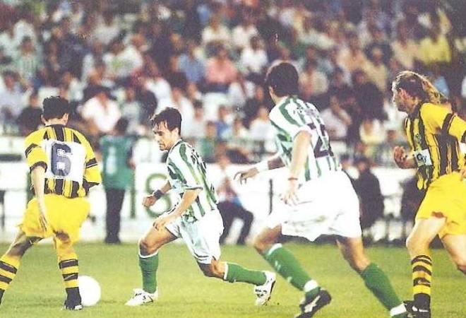 Hoy hace 24 años. Betis 2 Vasutas 0 en la Recopa.