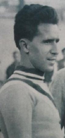 Hoy hace 85 años. Debut de Andrés Aranda en el banquillo del Betis Balompié.