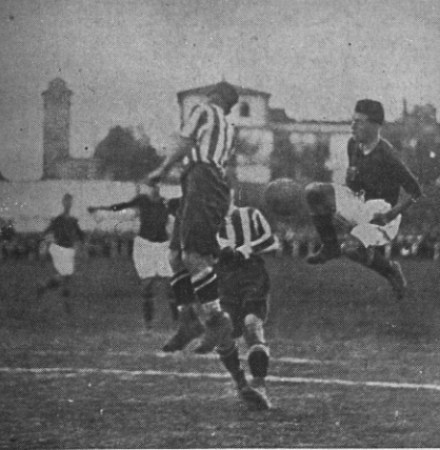 Hoy hace 93 años. Betis 2 Vitoria Setúbal 0.