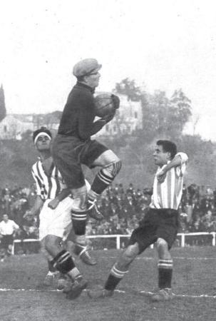Hoy hace 92 años. Betis 2 Alavés 1 en el Metropolitano.