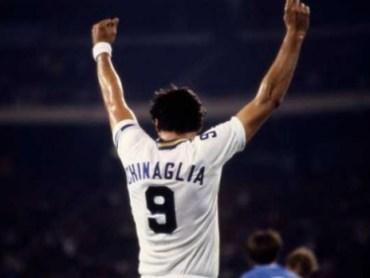 Chinaglia, un italiano héroe en Nueva York, de Manuel Sarmiento